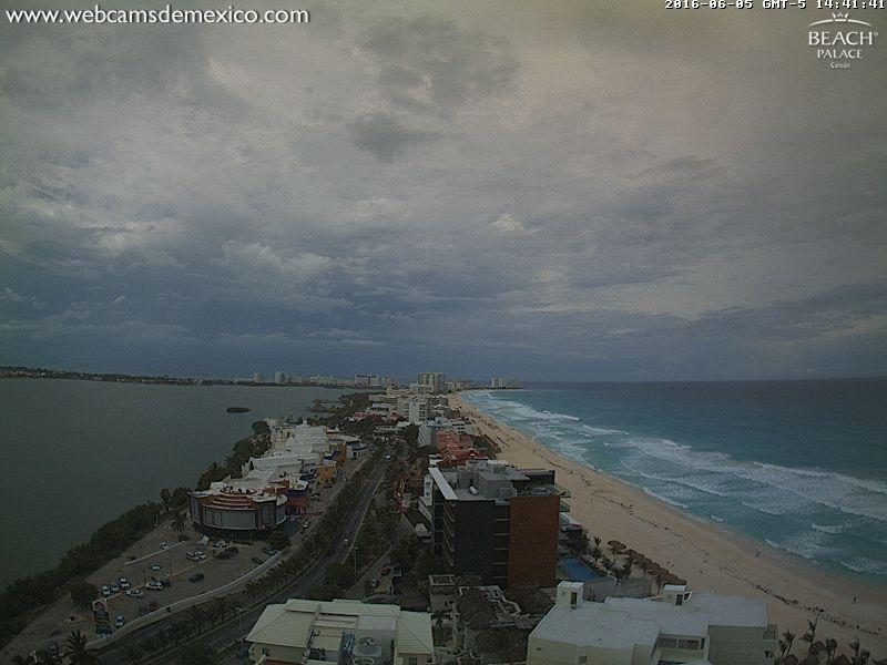 Beach Palace Webcam Cancun recording approach of TD#3 (June 2016)