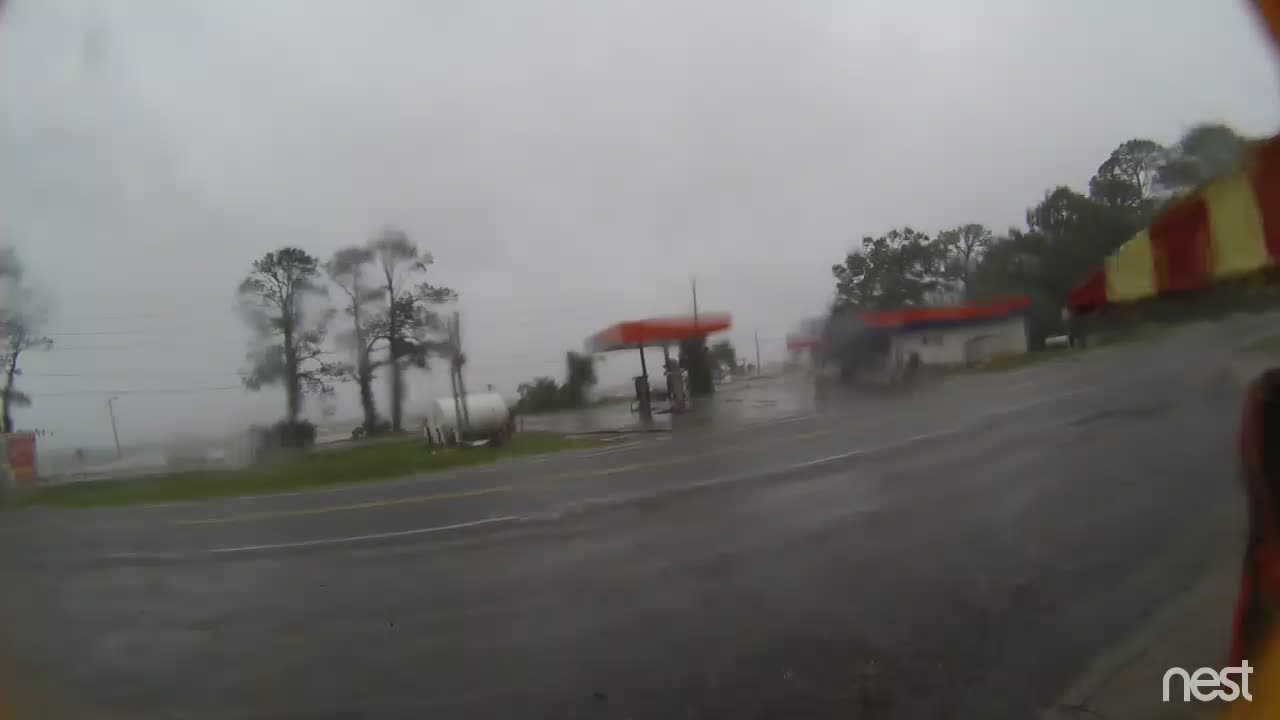 HurricaneTrack Eastpoint, FL Cam Michael (2018)