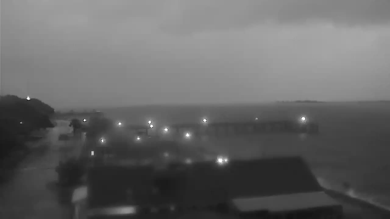 Surfchex Southport Waterfront Park Cam for Florence Approach (2018)