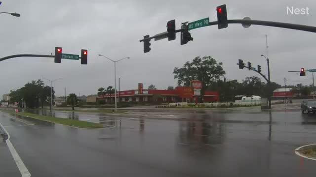 Hurricanetrack.com Cam 3 Veterans at US90 Biloxi Zeta (2020)