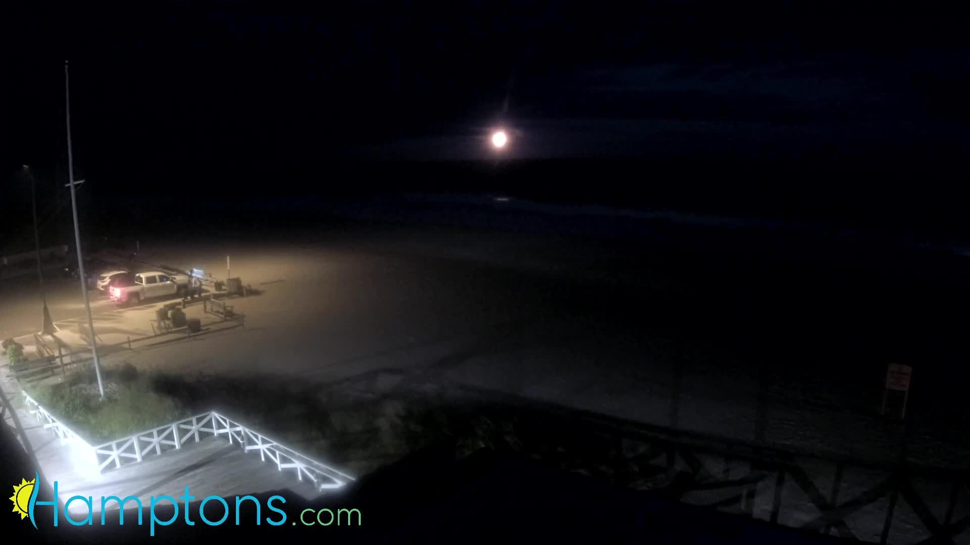 Hamptons Main Beach Cam Henri (2021)