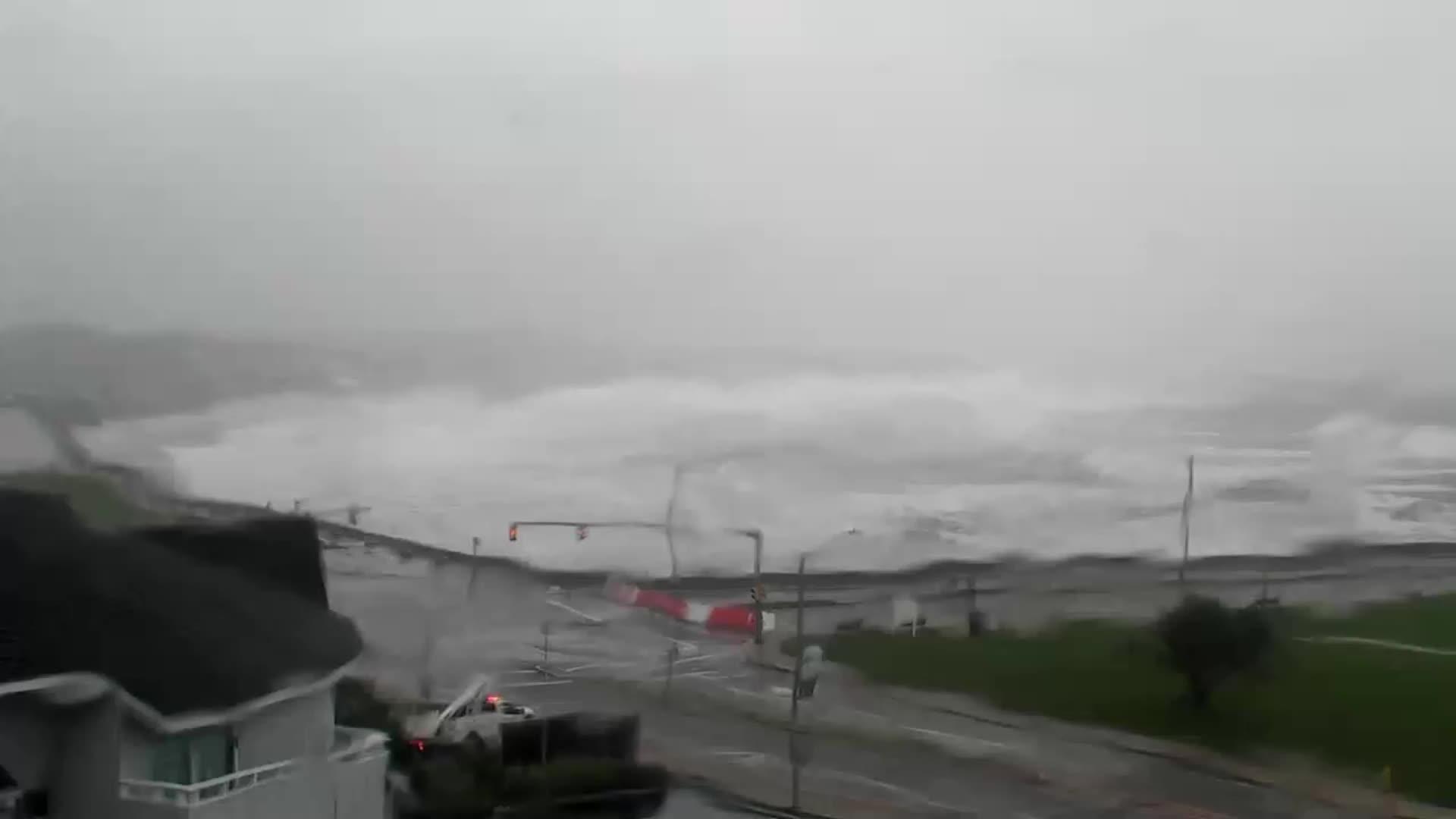 Narragansett Town Beach – Narragansett, RI  Henri (2021)